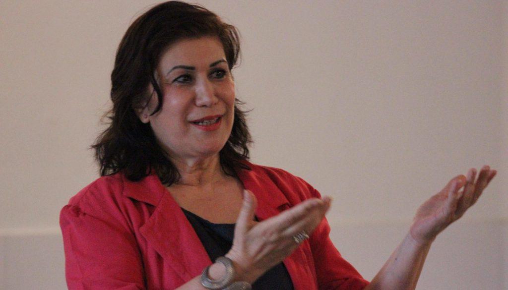 Liliana Sallustio en conférence pour Toastmasters